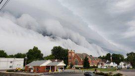 La espectacular nube tsunami que sorprendió a todos en un pueblo