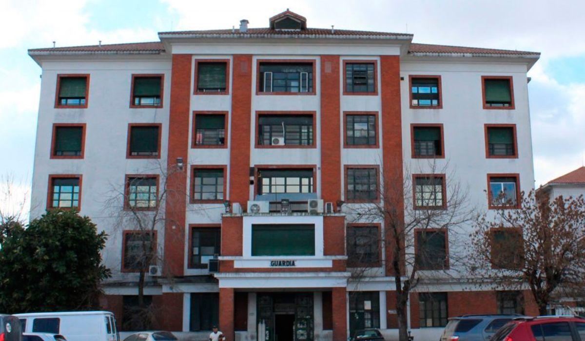Un camillero y un paciente cayeron por el hueco de un ascensor en el Hospital Evita de Lanús