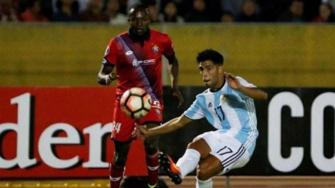 Leonel Di Plácido cuando jugó con la camiseta de la Selección para Atlético Tucumán