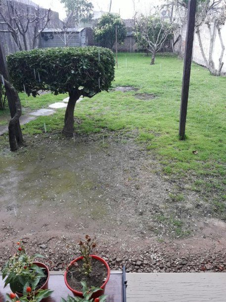 Graupel in the province of Buenos Aires - Credit: @AiroldiLeandro