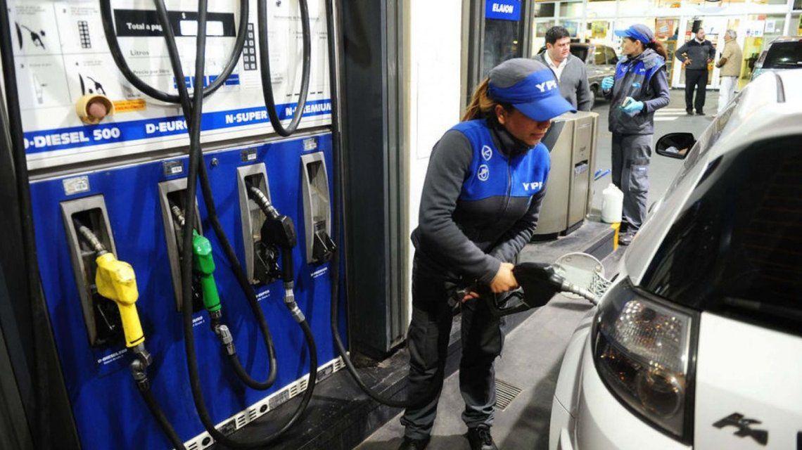 Por las subas, cayó el consumo de combustible un 10% en septiembre