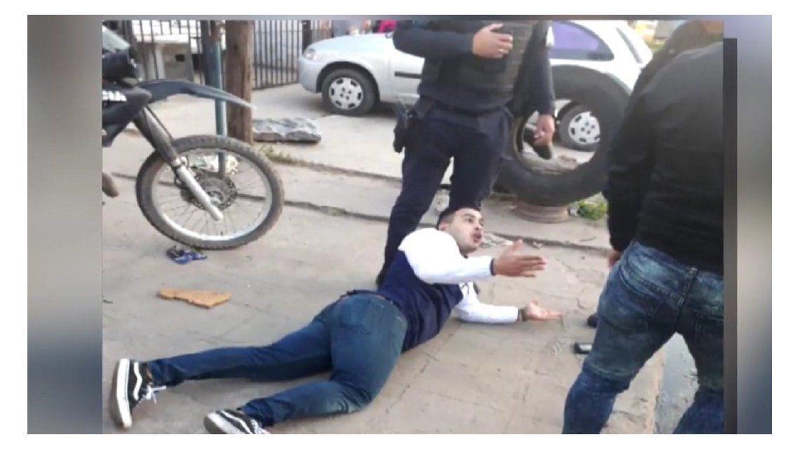 Tiroteo entre policías de civil en Lomas de Zamora