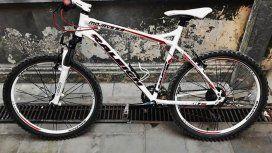 Robaron una bicicleta, intentaron venderla por Facebook y los detuvieron