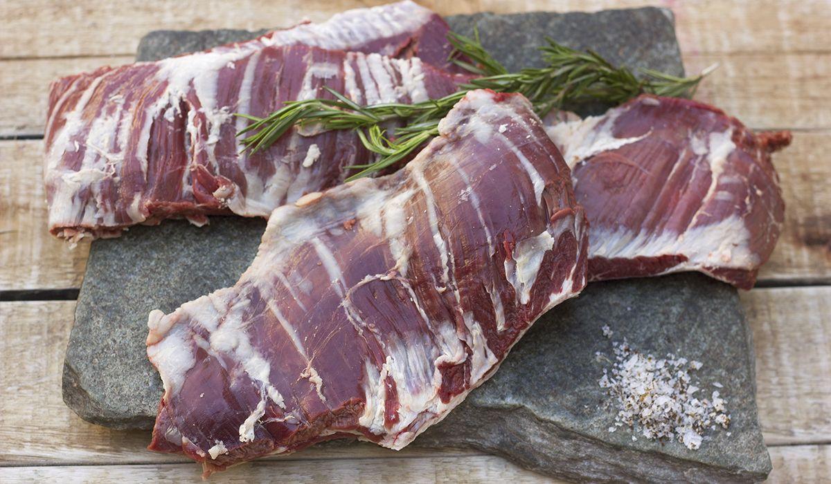 La promesa del Gobierno satisface menos del 0,24% de la carne que se consume por año