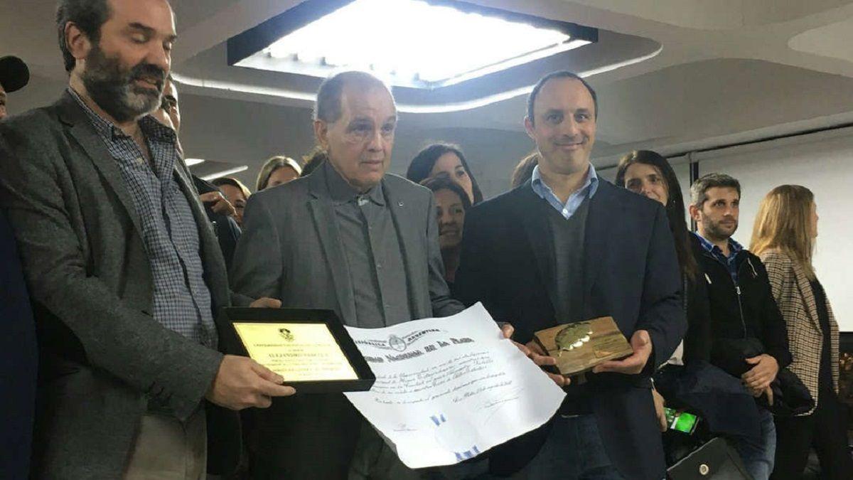 Alejandro Sabella en la Universidad Nacional de La Plata