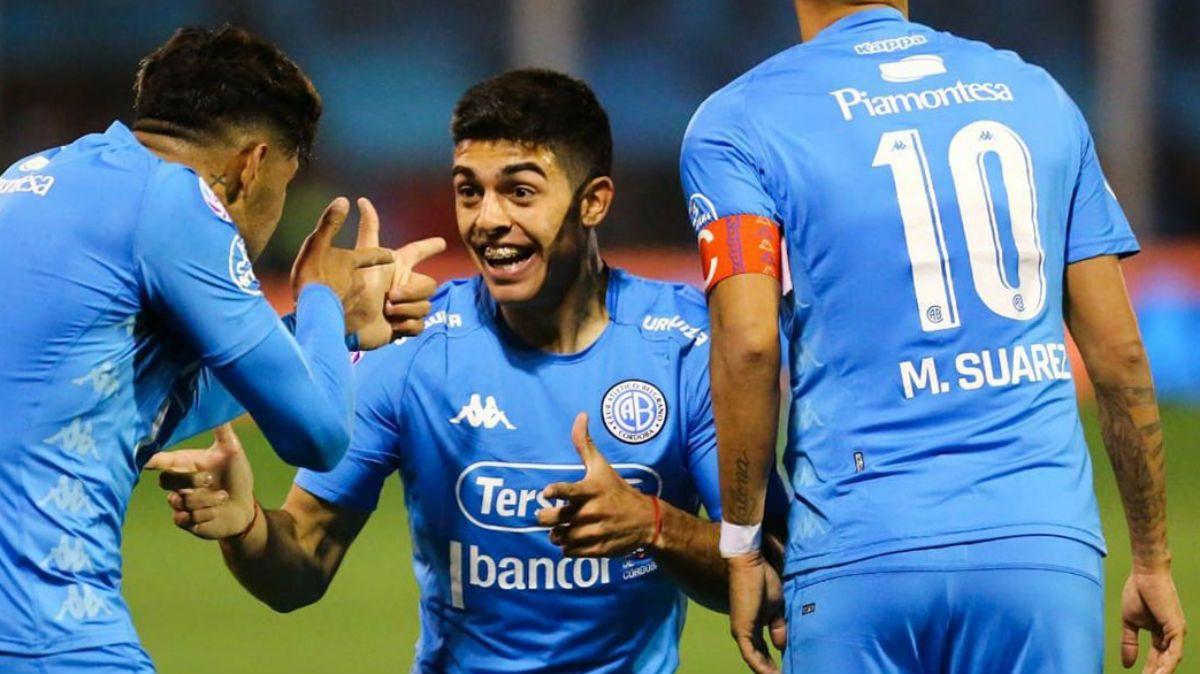 Matías Suárez marcó un golazo