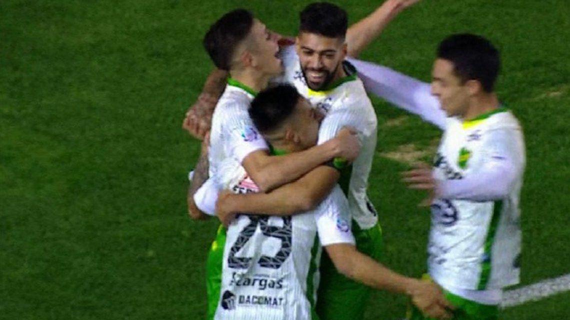 Defensa y Justicia sorprendió en Avellaneda y le ganó a Independiente
