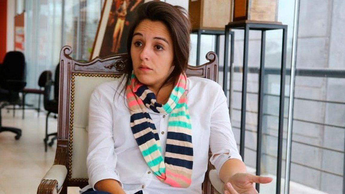 Tras filmarse borracha y drogada, la ministra Natalia Spinuzza presentó su renuncia