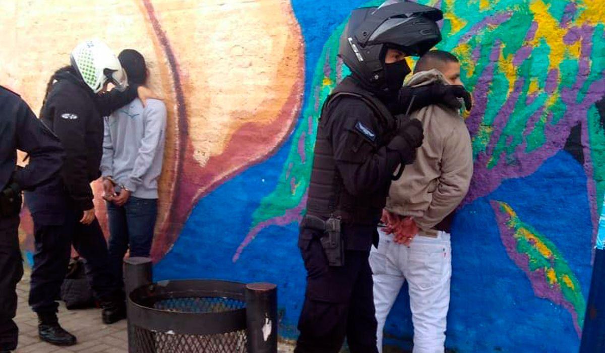 Dos detenidos por el robo a un colectivero en Rafael Calzada