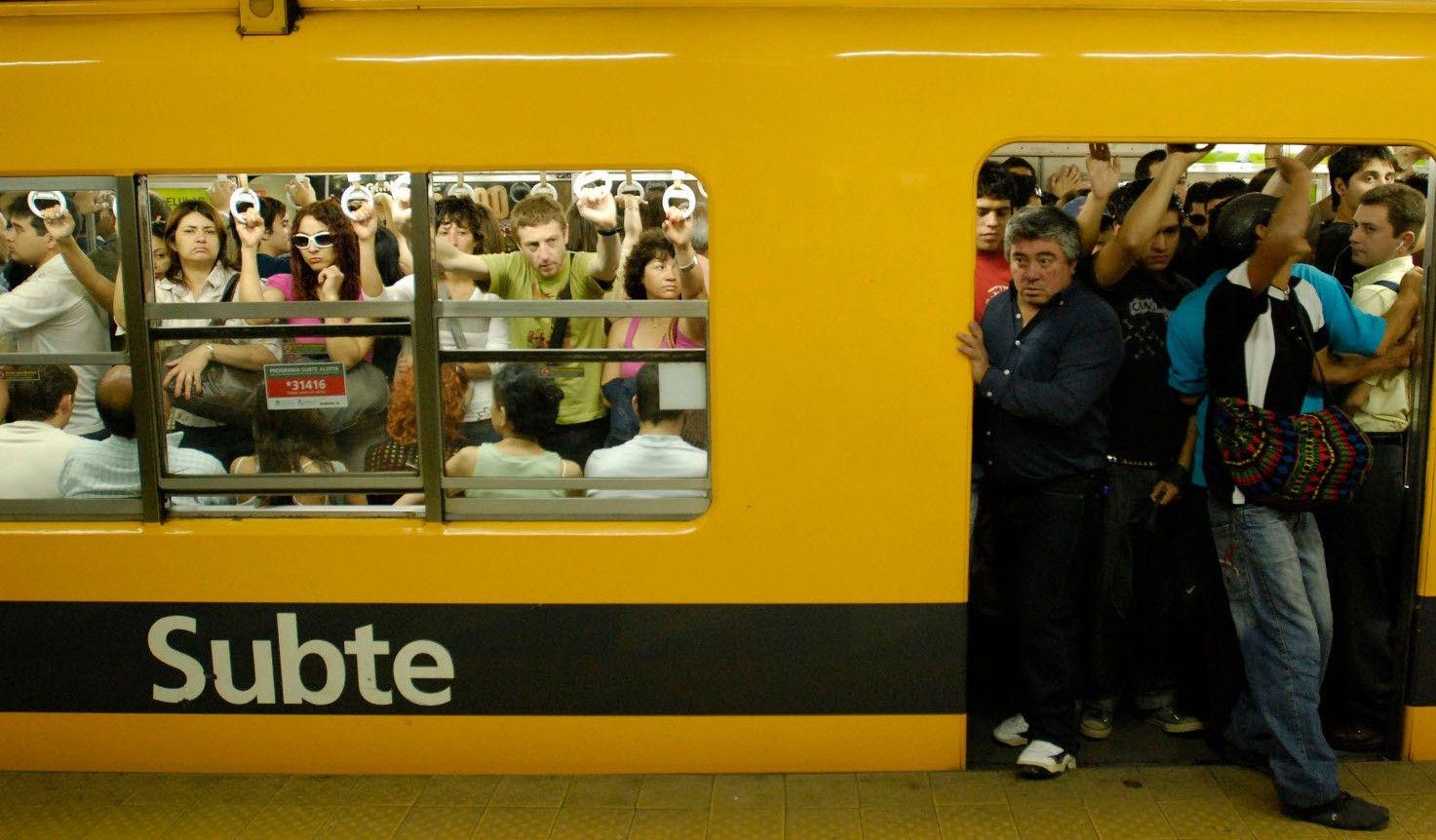 Metrodelegados fueron convocados a paritarias y cancelaron el paro de hoy