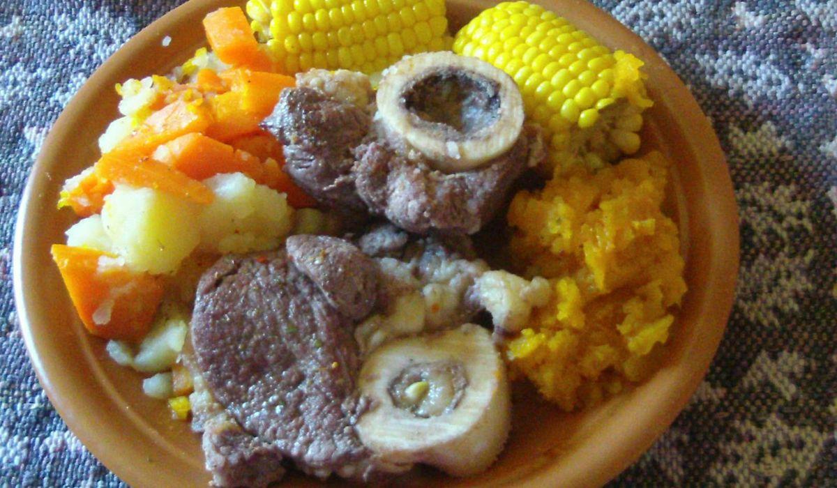 Carne para pocos: la inflación golpeó más duro en los cortes populares