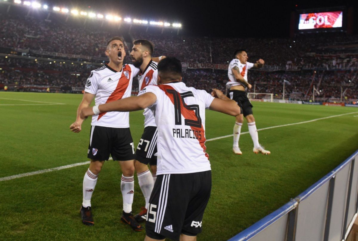 River goleó a Racing y se cruzará con Independiente en los cuartos de final