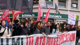 Universitarios se reúnen con el Gobierno para cerrar la paritaria