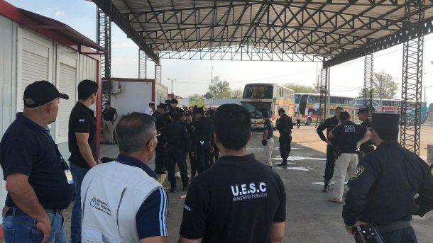 Di Zeo y la cúpula de La 12, rechazados en Paraguay: se vuelven a Buenos Aires sin ver el partido<br>