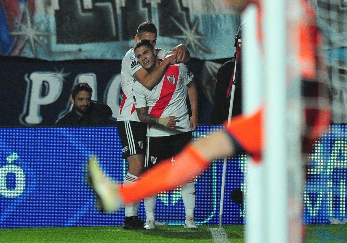 Golazo de Juanfer Quintero para River contra San Lorenzo
