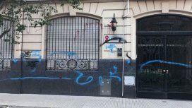 Sectores  pro vida atacaron una sede de la Fundación Huésped