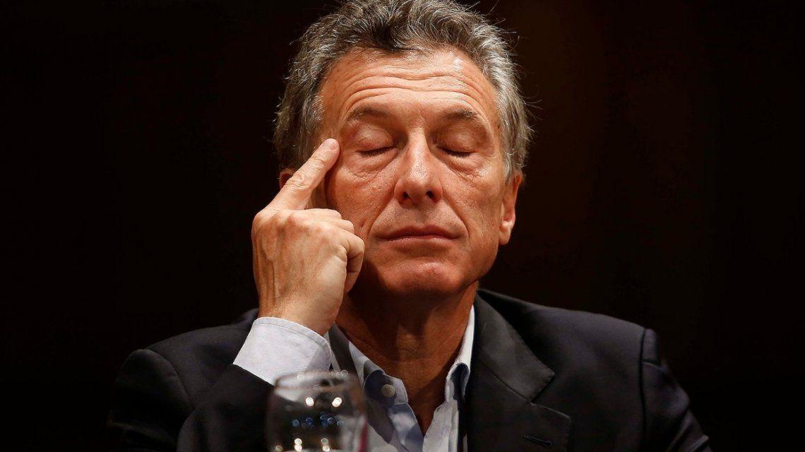 Mensaje grabado y demora excesiva: los memes del discurso de Macri