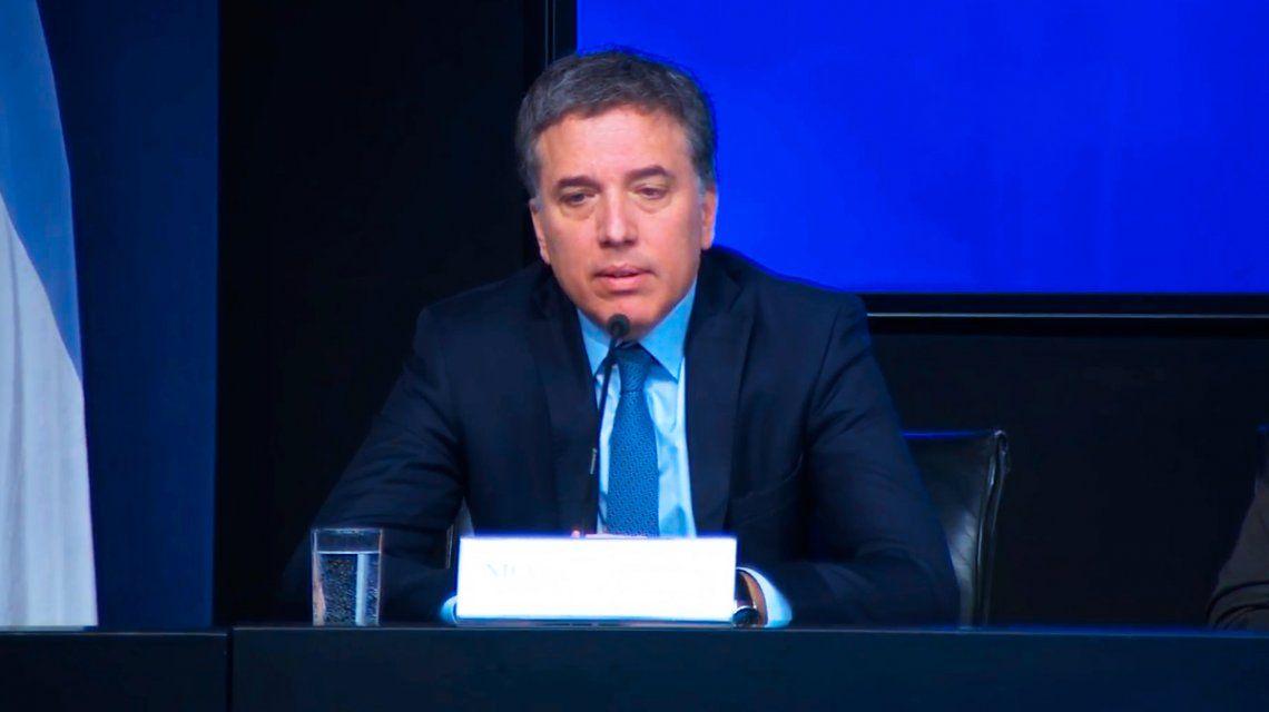 Dujovne descartó que esté negociando otros préstamos por fuera del FMI
