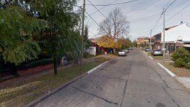 El hecho ocurrió en Quilmes cuando una pasajera estaba por subir al Uber que conducía el policía