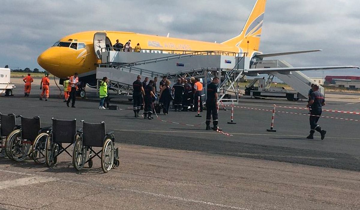 Otro avión en cuarentena: 136 pasajeros estuvieron retenidos por un supuesto caso de cólera