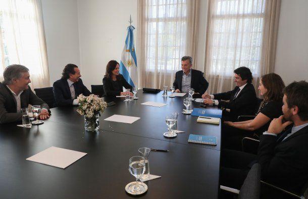 Macri analizó con los ministros Stanley y Sica la renovación del programa Precios Cuidados.
