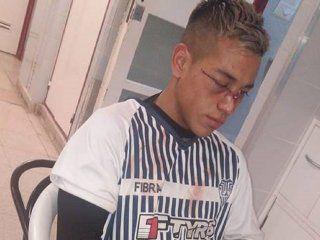 bahia blanca: suspenden a un jugador por un brutal codazo a un oponente en pleno partido