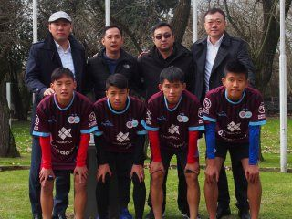 acuerdo inedito: cuatro jugadores chinos llegaron a un club del ascenso