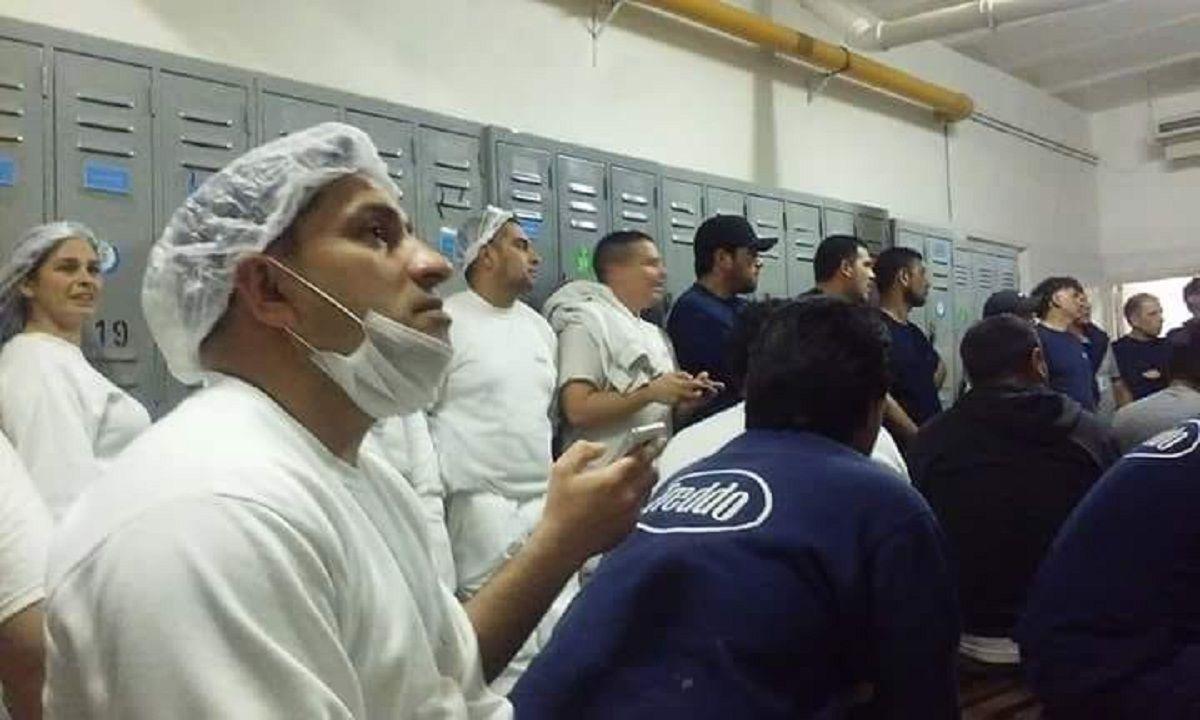 Preocupación de los trabajadores de Freddo por el cierre de la planta