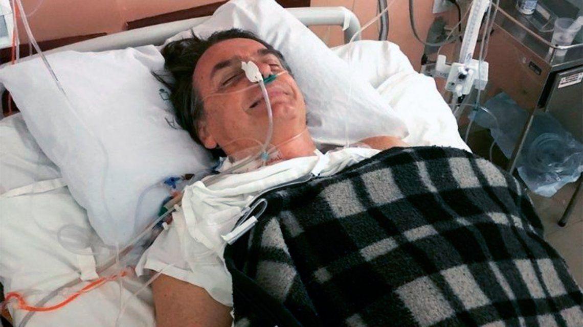 Tras ser apuñalado, Jair Bolsonaro habló desde el hospital: Nunca le hice mal a nadie