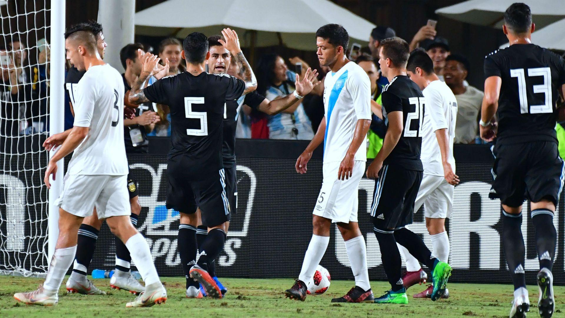 Sin transpirar, la nueva Argentina goleó a Guatemala en Los Ángeles