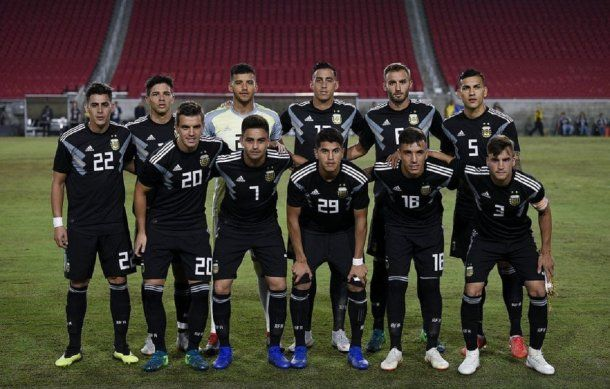 Así formaba Argentina para enfrentar a Guatemala en Los Ángeles<br>