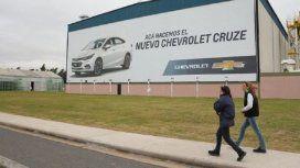 GM suspenderá un turno de manera rotativa en su planta de Rosario