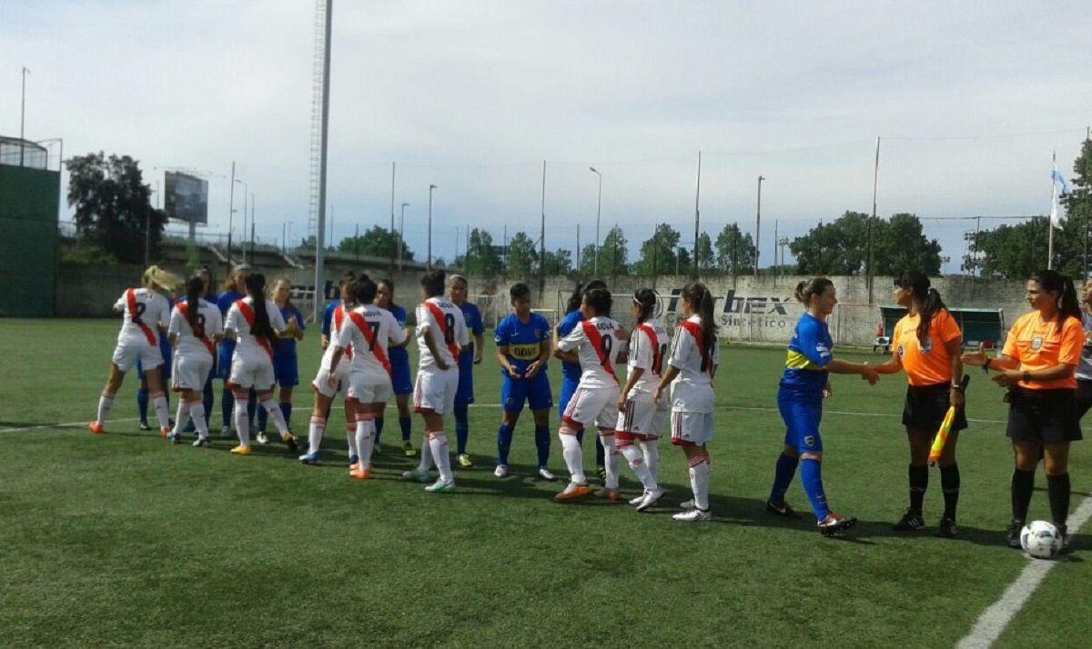 Fútbol femenino en River y Boca - Crédito:@CARPoficial