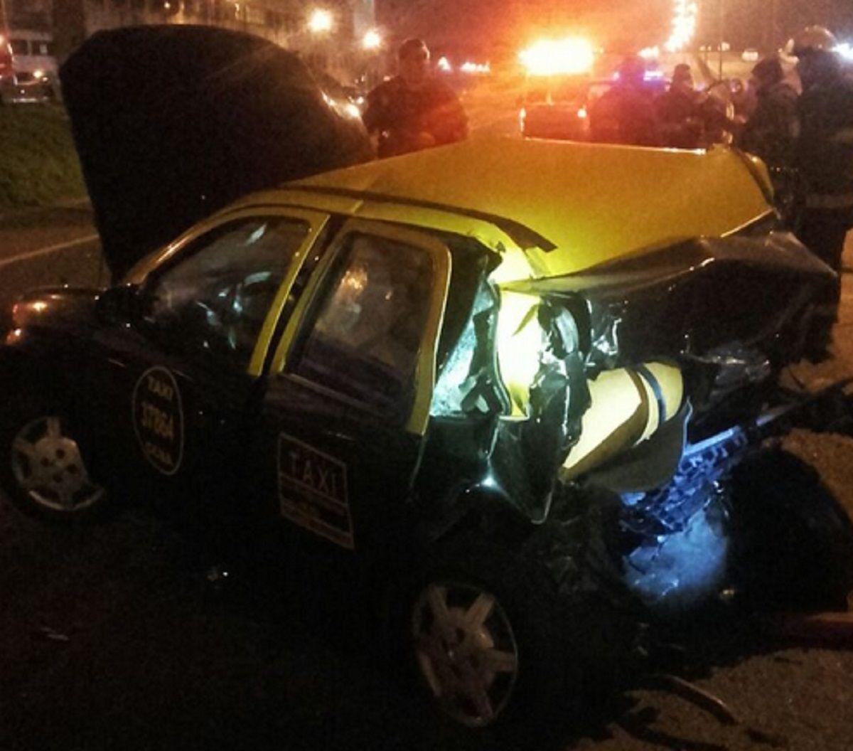 Villa Lugano: un auto embistió un taxi y murieron dos personas en la General Paz