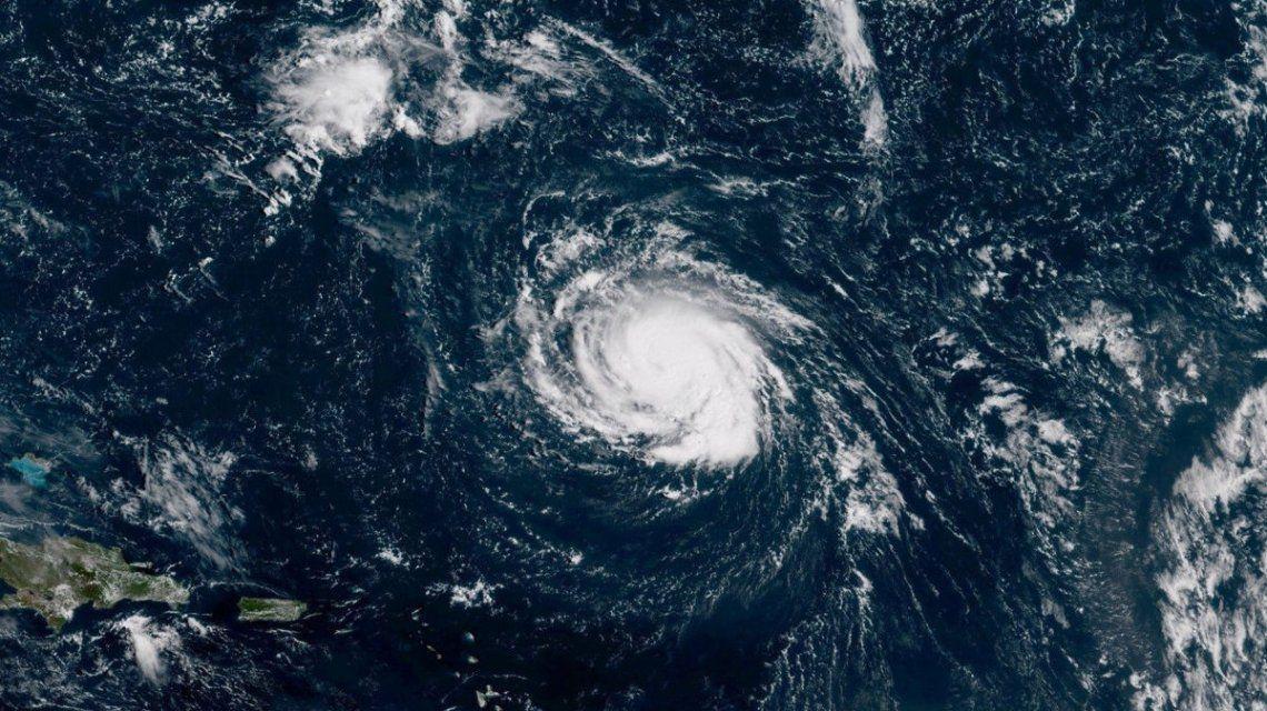 La tormenta tropical Florence se hizo huracán y amenaza el este de Estados Unidos