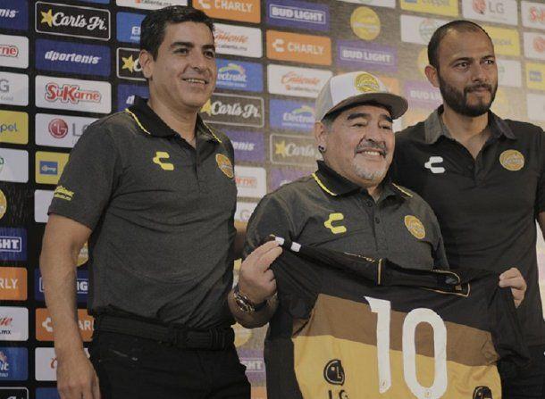 Diego Maradona en Dorados de Sinaloa - Crédito: @Dorados