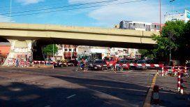 Atención automovilistas: habrá cortes por la demolición del puente de Juan B. Justo