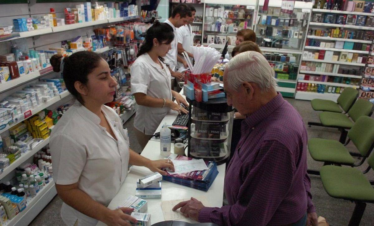 La peor desigualdad: suba de hasta 360% en medicamentos, pero las jubilaciones solo aumentaron un 110%