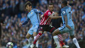 Escándalo: un jugador de la Premier League, acusado de violar a una estudiante