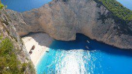 Grecia: cayó un acantilado en la playa Navagio y 7 turistas quedaron heridos