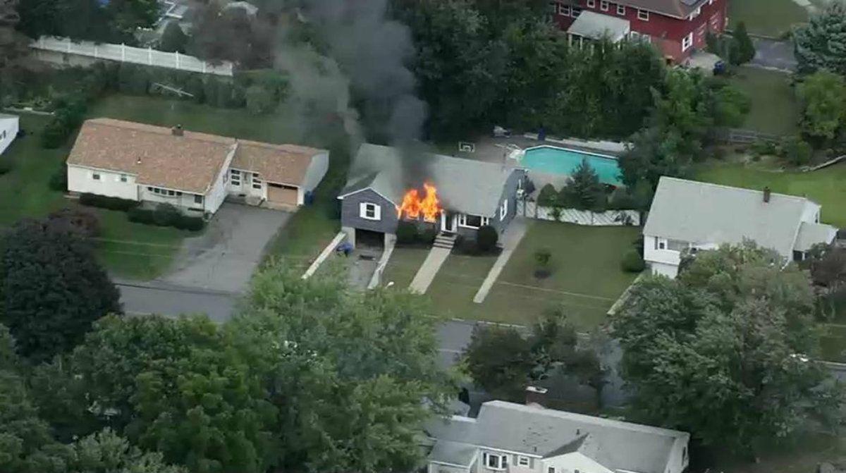 El alcalde de Lawrence pidió que los vecinos evacuen sus casas si huelen gas