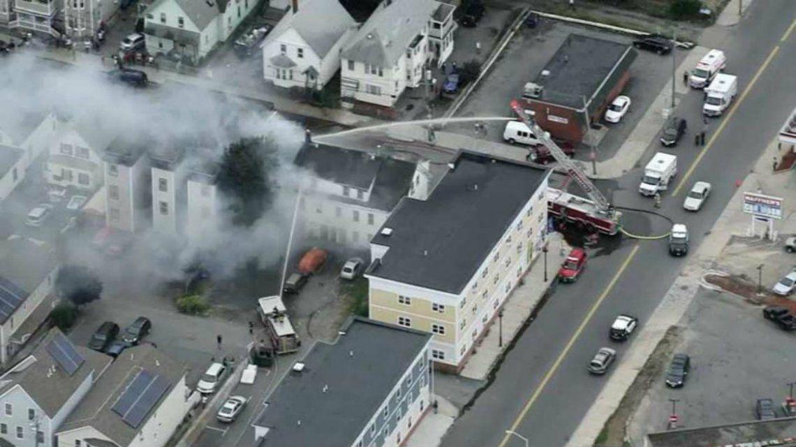 Se registraron docenas de incendios en toda la ciudad