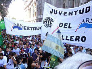 tension en astillero rio santiago: los trabajadores tomaron la planta