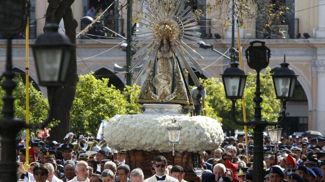 Gentileza El Tribuno de Salta / Arrancó a procesión en acción de gracias por los favores concedidos