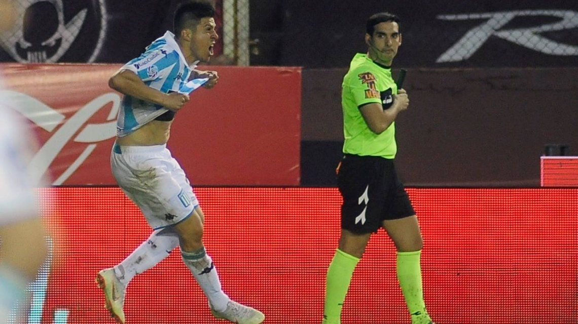 Jonathan Cristaldo celebra el gol del triunfo