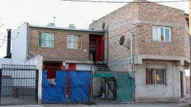 No puede pagar el alquiler y la dejaron encerrada - Crédito:lmneuquen.com