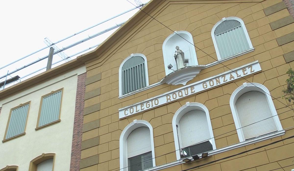 Acusan a un chofer de intentar violar en un micro escolar a una nena de 13 años
