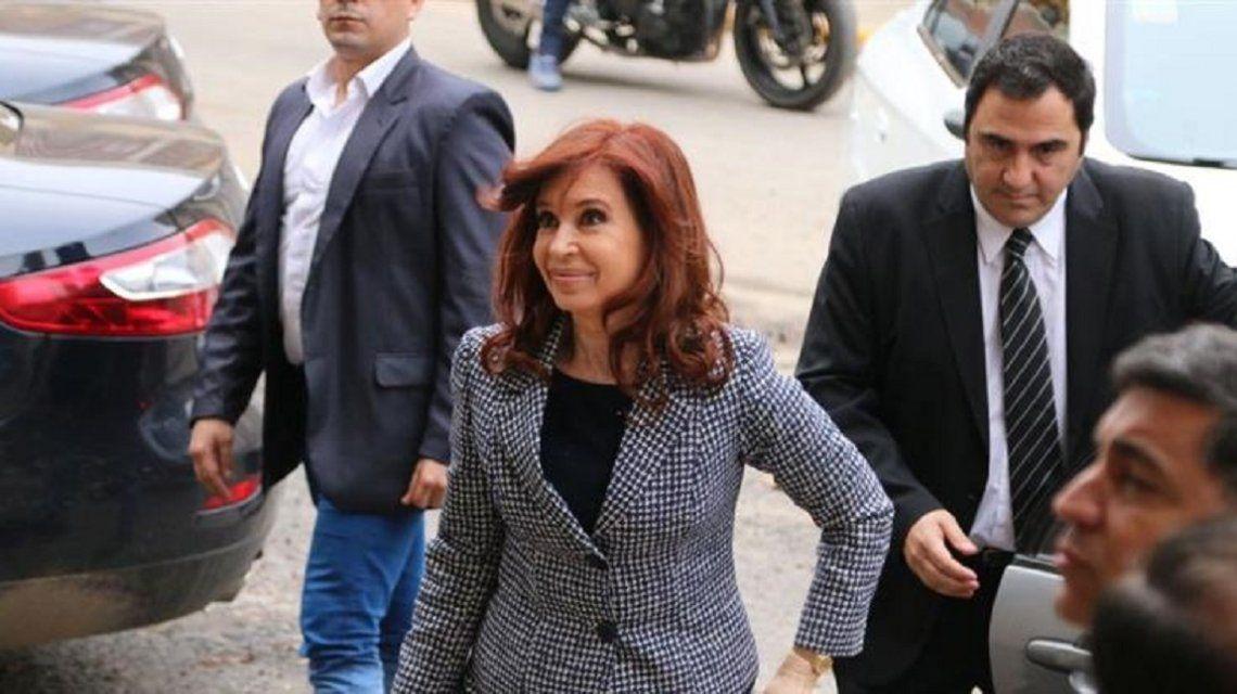 Dictan la falta de mérito para Cristina Kirchner por la causa de la ruta del dinero K