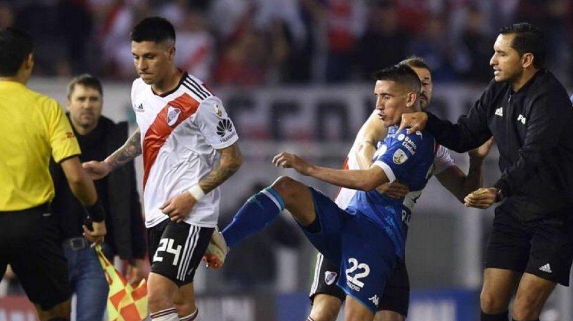 La Conmebol sancionó a Enzo Pérez y se perderá toda la serie ante Independiente