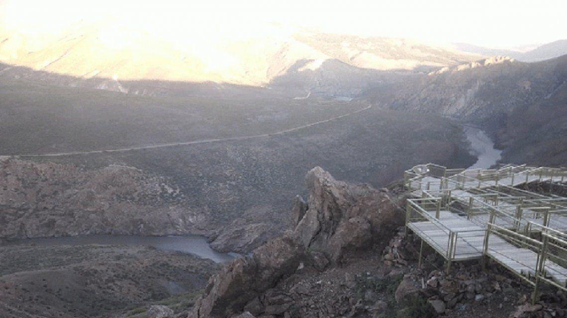 Neuquén: construirán el primer mirador de ovnis del país